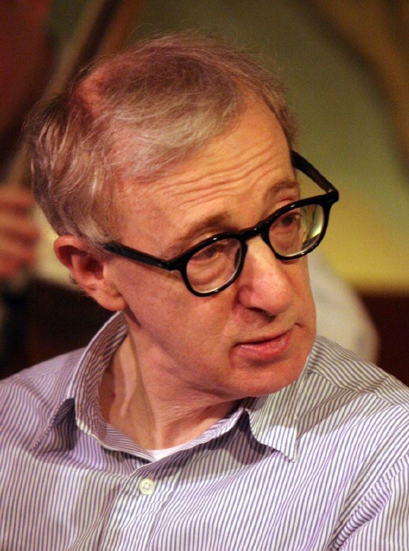 Woody Allen despre avansare şi decădere