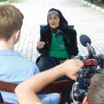 Vrăjitoarea baba Ekaterina, la 82 de ani, a dat interviu televiziunii din Moscova