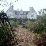 Casa care sângerează