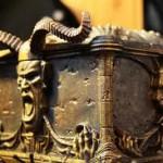 Cutia Pandorei şi o moarte stranie