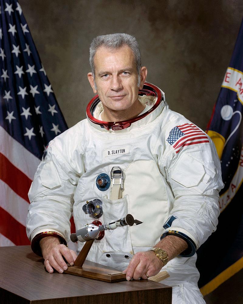 Astronautul Donald Kent Slayton s-a întâlnit cu un OZN