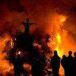 Arsă de vie pe rug în jungla peruană pentru magie neagră